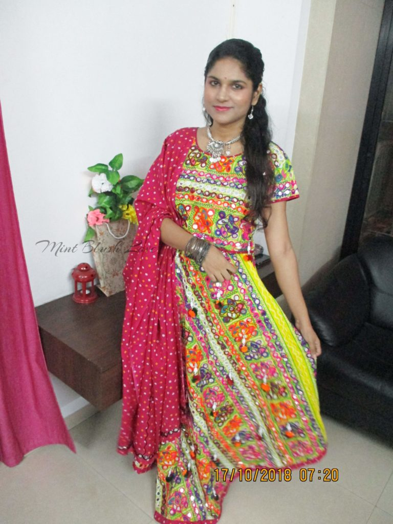 Navratri Outfit 2018, CHaniya Choli, Mirror work lehenga