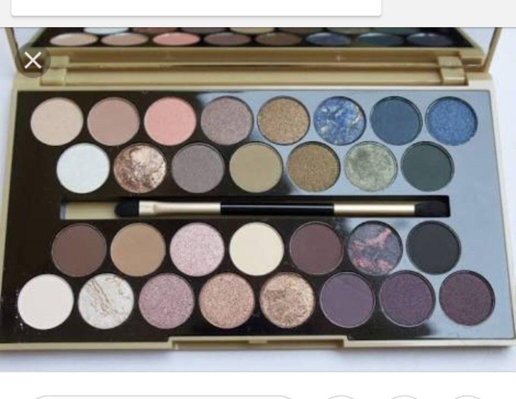 Eyeshadow palettes makeup revolution